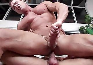 porno-bodibildera-smotret-onlayn